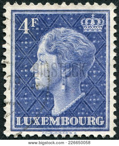 Luxembourg - Circa 1948: A Stamp Printed In Luxembourg, Shows Charlotte, Grand Duchess Of Luxembourg