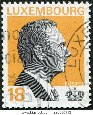 Luxembourg - Circa 1993: A Stamp Printed In Luxembourg, Is Depicted Jean, Grand Duke Of Luxembourg,