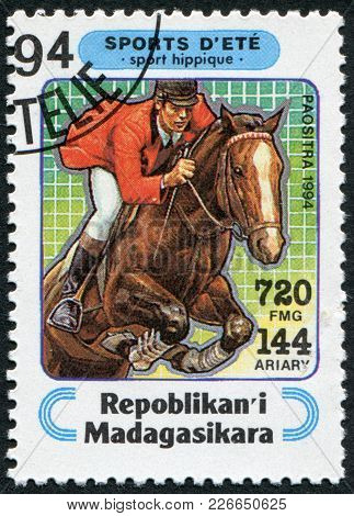Madagascar - Circa 1994: Postage Stamps Printed In Madagascar, Is Devoted To Sport, Equestrianism, C
