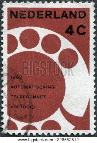 Netherlands - Circa 1962: A Stamp Printed In The Netherlands, Dedicated To The Completion Of The Aut