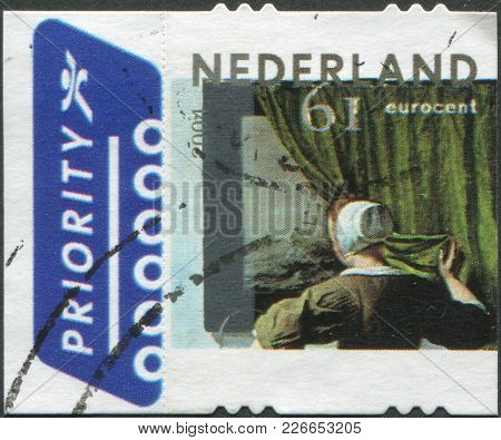 Netherlands - Circa 2004: A Stamp Printed In The Netherlands, Shows A Woman Reading A Letter, By Gab