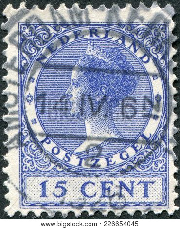 Netherlands - Circa 1924: A Stamp Printed In The Netherlands, Shows Wilhelmina Of The Netherlands, C