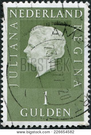 Netherlands - Circa 1969: A Stamp Printed In The Netherlands, Shows Juliana Of The Netherlands, Circ