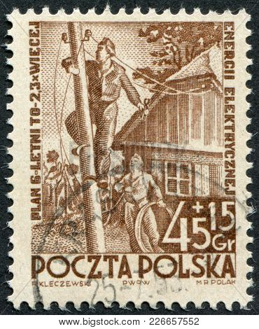 Poland - Circa 1952: A Stamp Printed In The Poland, Dedicated To The 6-year Plan, Electrification, C