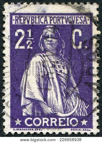 Portugal - Circa 1912: A Stamp Printed In The Portugal, Depicts Ancient Roman Goddess Of Fertility,