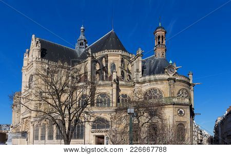 The Church Of Saint Eustache In Paris Is Considered A Masterpiece Of Late Gothic Architecture. Among