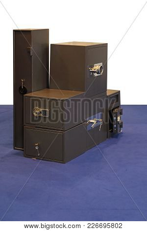 Various Sizes Of Safe Strong Box Safety Vault
