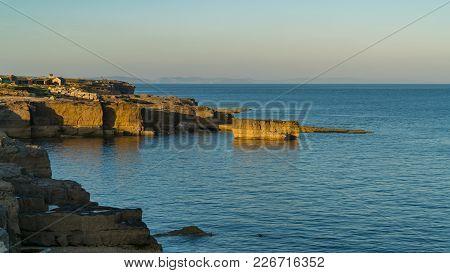 Evening Light At The Coast Of Portland Bill, Isle Of Portland, Jurassic Coast, Dorset, Uk