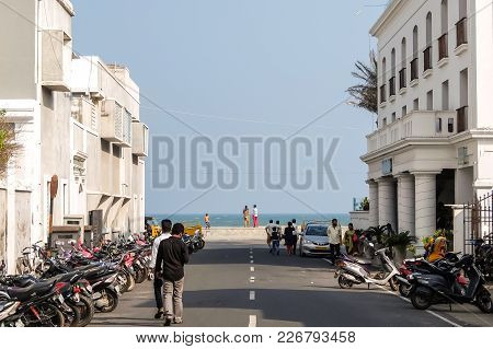Pondicherry, India - December, 17th, 2016. Goubert Ave In Pondicherry, Beach Road And Promenade Beac