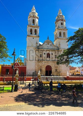 Campeche,mexico - January 1, 2018: The Our Lady Of The Immaculate Conception Cathedral.  It Is The M