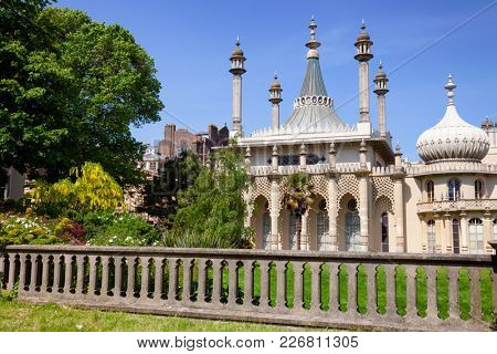 The Royal Pavilion (Brighton Pavilion), former royal residence built in the Indo-Saracenic style in Brighton, East Sussex, Southern England, UK