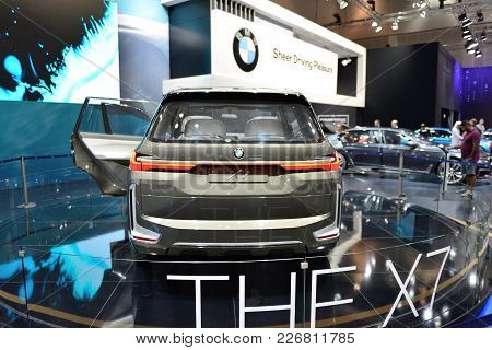 Dubai, Uae - November 17: The Bmw Concept X7 Iperformance Is On Dubai Motor Show 2017 On November 17