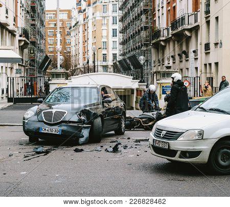 Paris, France - Jan 30, 2018: Front View Of Car Accident On Paris Street Between Luxury Limousine La