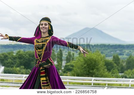 Pyatigorsk, Russia - July 23,2017: Unknown Artist At The Festival Of Friendship Of Peoples Of The Ca