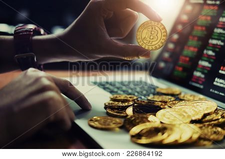 New Virtual Money Concept, Gold Bitcoins ( Btc )  Is Digital Crypto-currency Use Blockchain Technolo