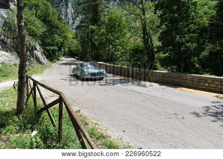 Gola Del Furlo, Italy - May 19: Mercedes M.b. 190 Sl 1959 An Old Racing Car In Rally Mille Miglia 20