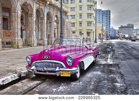 Havana- January 27, 2013: Old American Retro Car (50th Years Of The Last Century), An Iconic Sight I