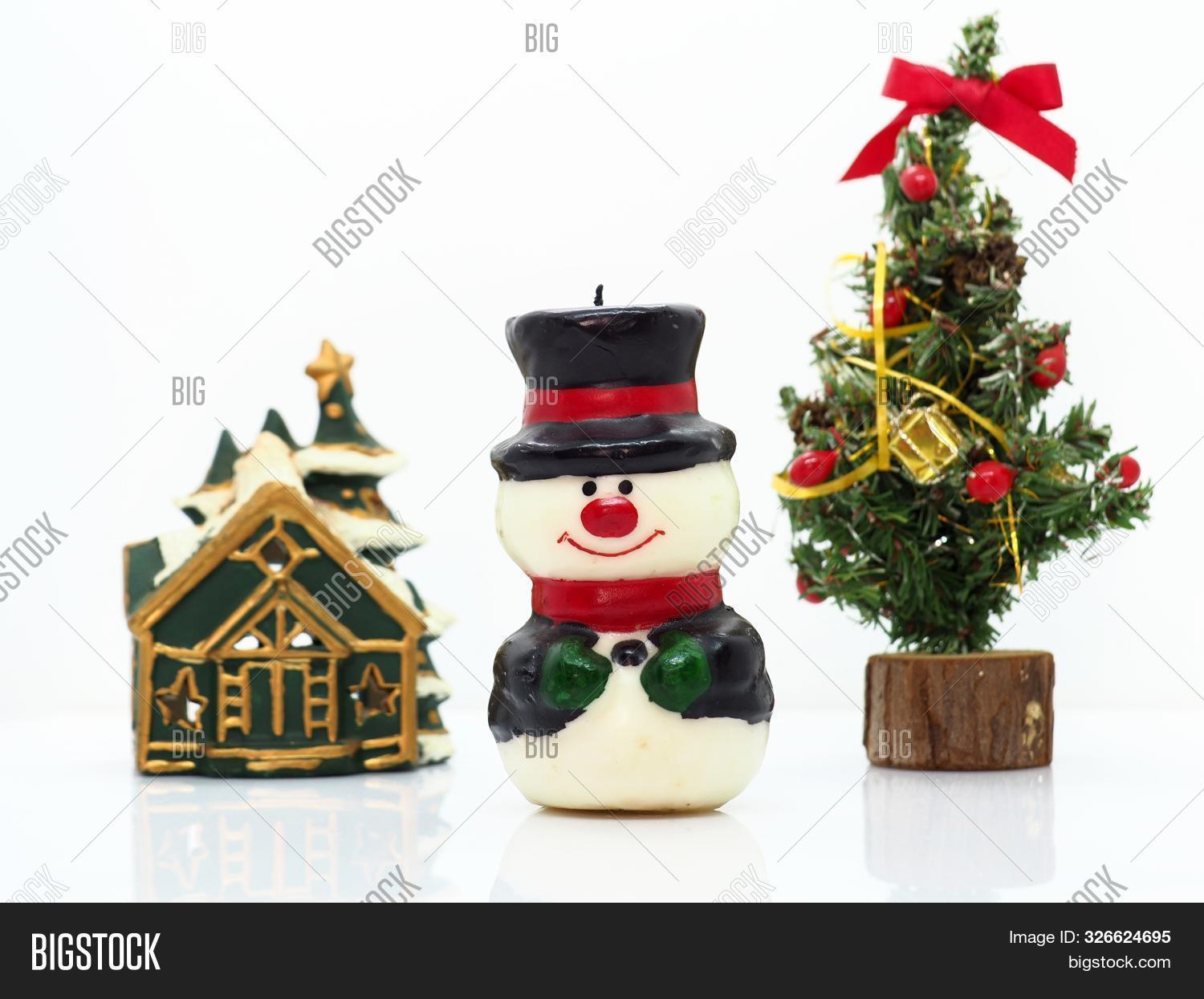 Small Snowman Image Photo Free Trial Bigstock