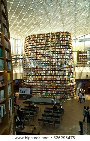 SEOUL-SOUTH KOREA, may 5, 2019:  Library located in the center of COEX Mall, Starfield Library is an open public space where anyone can freely come to sit down and read.
