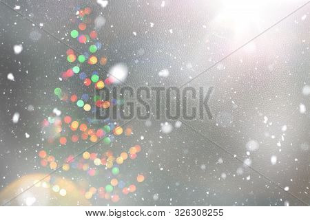 Christmas Background, Image Blur Bokeh Defocused Lights Decoration On Christmas Tree.bokeh Light Eff