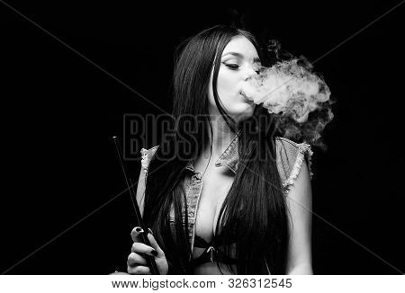 Relaxing With Hookah. Nicotine Addiction. Attractive Busty Brunette Smoking Vaping Device. Girl Vapi