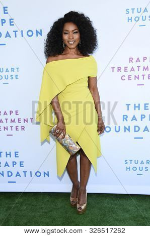 LOS ANGELES - OCT 06:  Angela Bassett arrives for The Rape Foundation Annual Brunch on October 06, 2019 in Los Angeles, CA