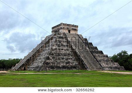 Mayan Pyramid Of Kukulcan