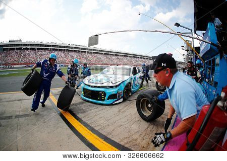 September 29, 2019 - Concord, North Carolina, USA: Darrell Wallace, Jr (43) pit crew does a pit stop during the Bank of America ROVAL 400 at Charlotte Motor Speedway in Concord, North Carolina.