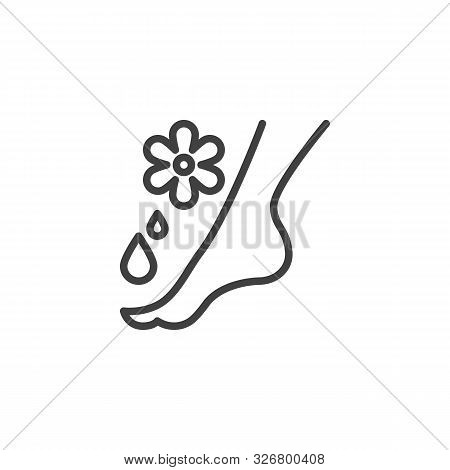 Feet Massage Aroma Oil Line Icon. Linear Style Sign For Mobile Concept And Web Design. Aromatherapy,