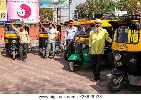 Bikaner, India - Circa March 2018. Rickshaw Cab At The Parking Lot Near The Bikaner Railway Station.