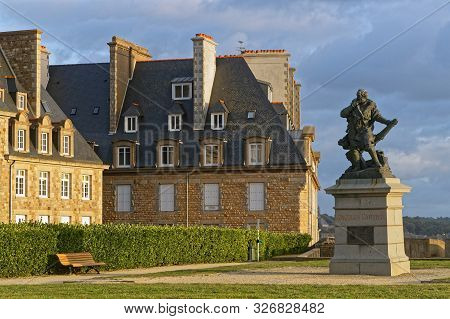 Statue Of Jacques Cartier On The Ramparts Of The Walled City Of Saint-malo