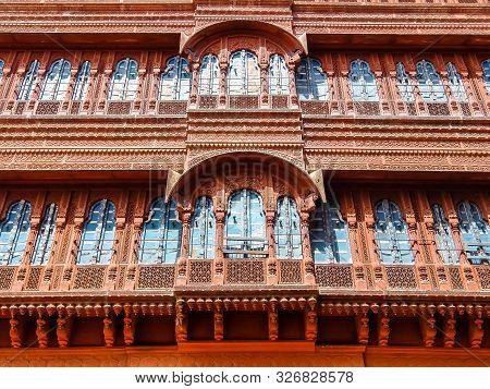 Bikaner, India - Circa March 2018. Traditional Architecture Of Bikaner.