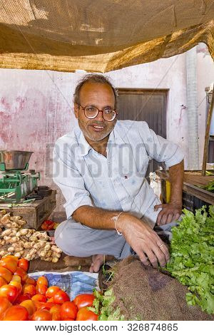 Bikaner, India - Oct 24, 2012: People Sell Their Fresh Fruits And Vegetables At The Outdoor Market I