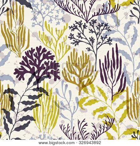Coral Reef Seamless Pattern. Kelp Laminaria Seaweed Algae Background. Sea Reef Nature Pattern. Aquat
