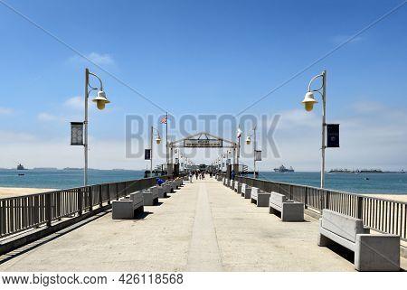 LONG BEACH, CALIFORNIA - 5 JULY 2021: The Belmont Veterans Memorial Pier.