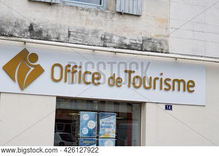 Albi , Ocitanie France  - 06 30 2021 : Office De Tourisme France Tourism Agency Building Sign Text A