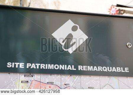 Montpellier , Ocitanie France  - 06 30 2021 : Site Patrimonial Remarquable Office De Tourisme Sign A
