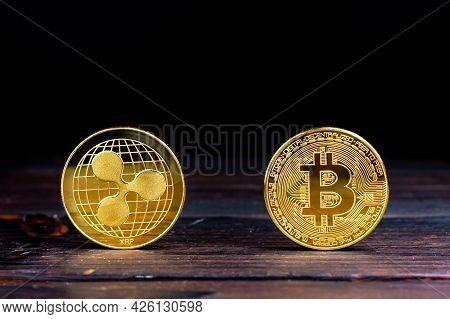 Bitcoin Gold Coin. Souvenir Coin Ripple. Souvenir Cryptocurrency Coins. Btc Xrp Coins