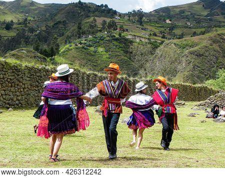 Chobshi, Azuay, Ecuador - June 21,2021: Celebration Inti Raymi At Chobshi Archaeological Site. Group