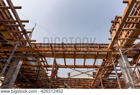 Beam Formwork Fabricated By Construction Worker, Pillar And Beam Being Constructed At The Constructi