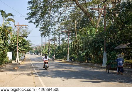 Chiang Saen, Chiang Rai Province, Thailand - February 19, 2019: Quiet Morning In The City On The Bor