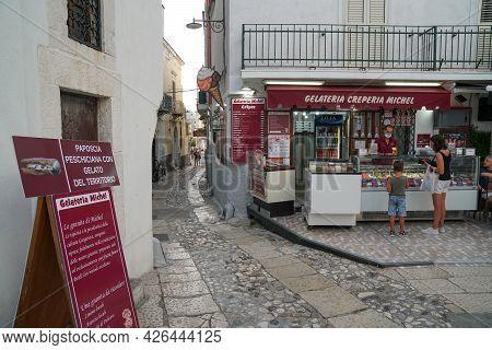 Peschici - 29/06/2021: Famous Italian Ice Cream Shop With People In Peschici, Puglia, Italy