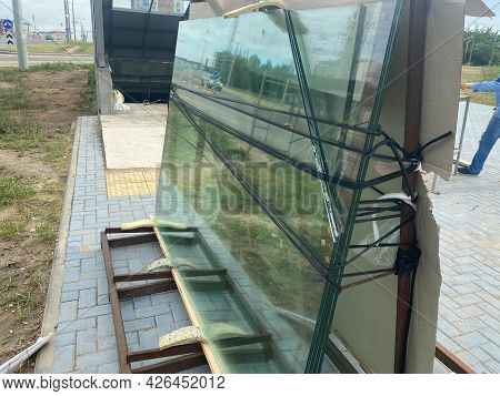Large Industrial Building Heavy Duty Thick Glass Panes Are Being Prepared For Installation On The Co