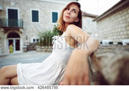 Beautiful woman portrait. Beauty Woman face Portrait. Beautiful woman portrait in summer. Stylish woman portrait in vacation. Beautiful woman portrait. beautiful woman portrait. Woman face. Woman portrait outdoors. woman portrait woman posing