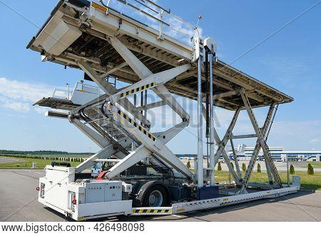 Service Vehicle, Aircraft Cargo Loader, Airport, Passenger Service