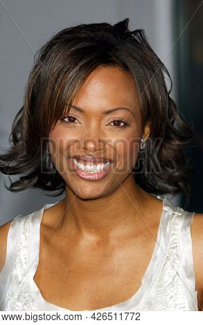 LOS ANGELES - MAY 14: Aisha Tyler arrives to  ÔBruce AlmightyÕ World Premiere on May 14, 2003 in Hollywood, CA