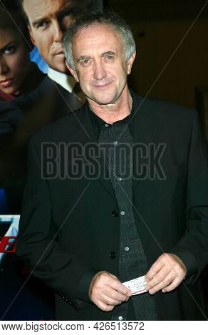 LOS ANGELES - NOV 02: Jonathan Pryce arrives to  the 'Die Another Day' Hollywood Premiere on November 02, 2002 in Los Angeles, CA