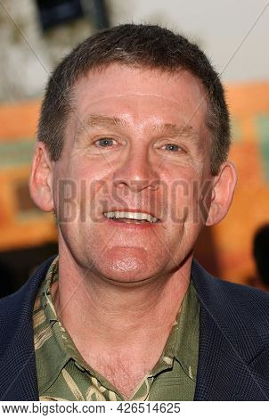 LOS ANGELES - JUL 18: Anthony Heald arrives to  the 2003 TCA Summer Press Tour - FOX Party on July 18, 2003 in West Hollywood, CA