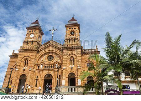 Yolombo, Antioquia - Colombia. July 11, 2021. Iglesia De San Lorenzo Is A Religious Temple Of Cathol