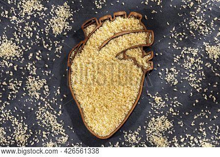 Panko Japanese Bread In Crumbs In Heart-shaped Bowl - Healthy Food